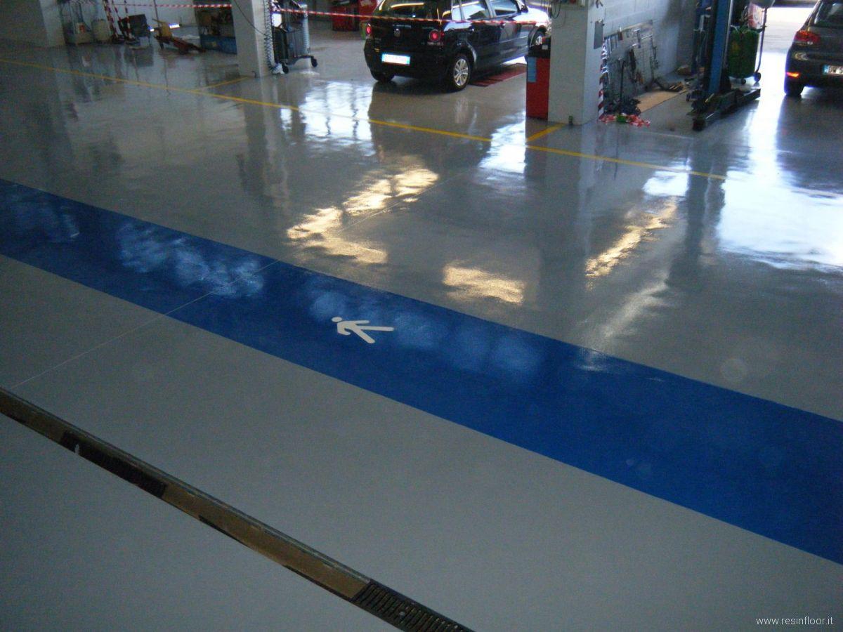 Pavimenti Industriali In Resina Epossidica : Pavimenti industriali in resina realizzazioni resin floor srl