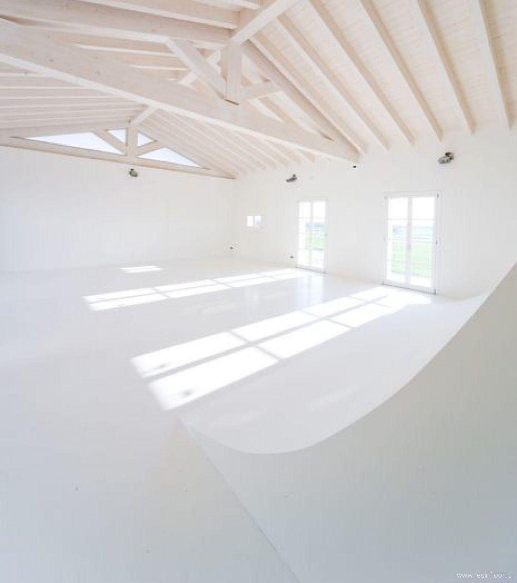 Pavimento In Resina Bianco.Pavimento Bianco Per Agriturismo A Modena Resin Floor Srl