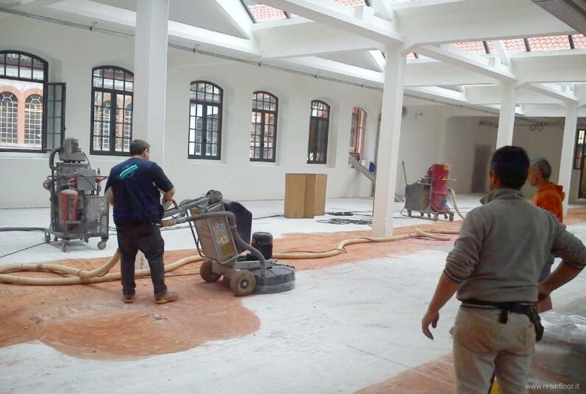 Resina pregi e difetti delle pavimentazioni resin floor srl for Pavimento in resina 3d